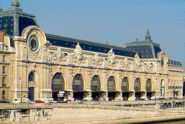 ФАСАД МУЗЕЯ ОРСЕ, расположившегося в реконструированном здании бывшего вокзала Орсе, построенного в 1900 архитектором В.Лалу. IGDA/C. Sappa