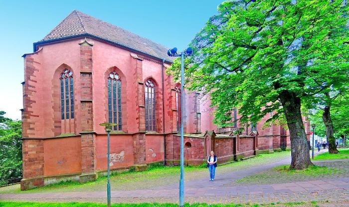 Дворец и монастырская церковь св.Михаила 3