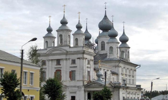 Воскресенскийо собор города Шуи Ивановской области