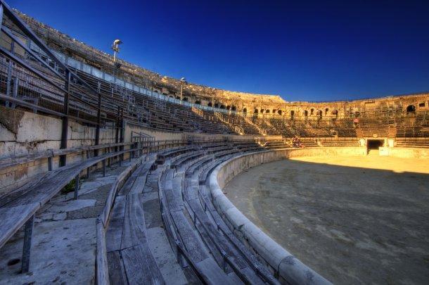 Римская арена в Ниме