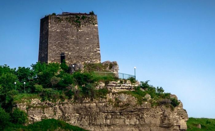 Сторожевая башня Адиюх