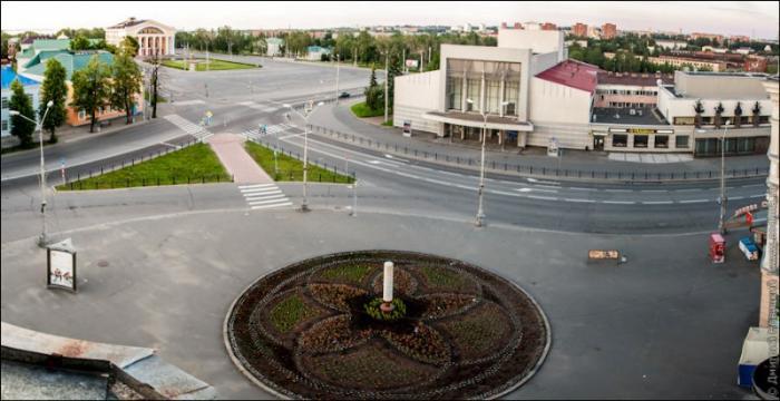 площадь кирова и нацтеатр