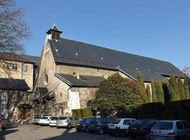 Церковь Сан-Пьер-де-Леманк