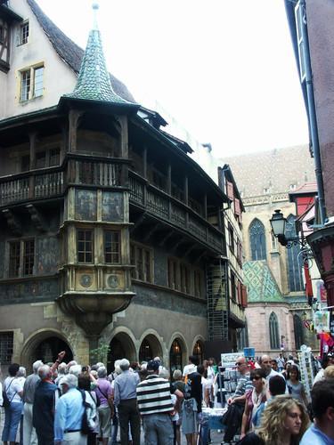 Город Кольмар во Франции фото Дом Пфистера