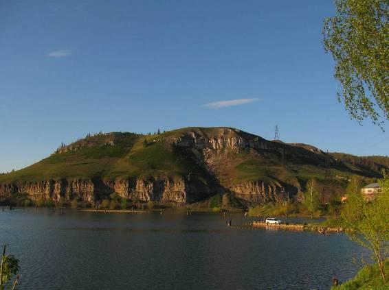 Миньярский пруд и Романова гора
