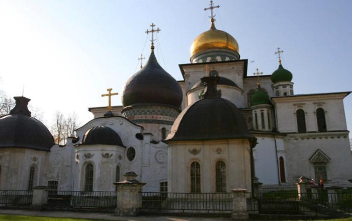 Церковь Константина и Елены в Ново-Иерусалимском монастыре