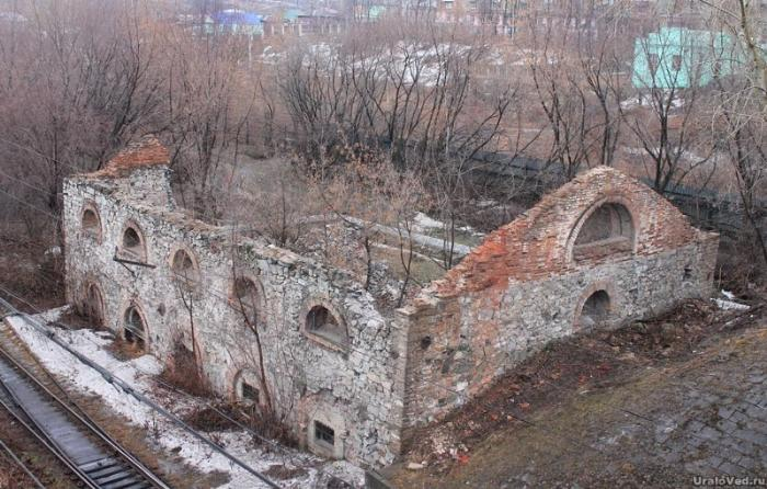 Руины молотового цеха в Алапаевске