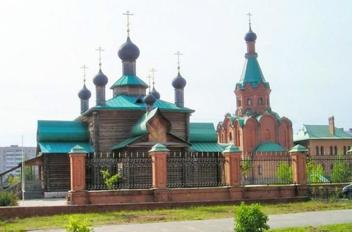 Церковный ансамбль на Свято-Тихоновском проезде