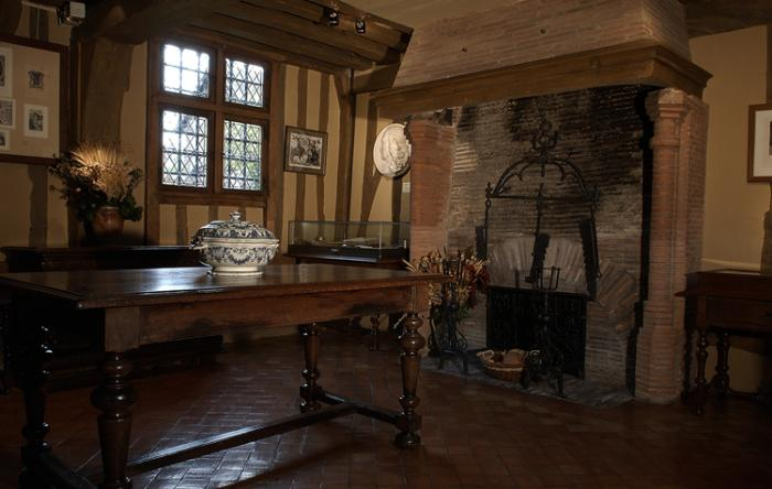 Внутри дома Пьера Корнеля
