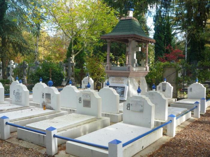 Кладбище Сент-Женевьев-де-Буа 5