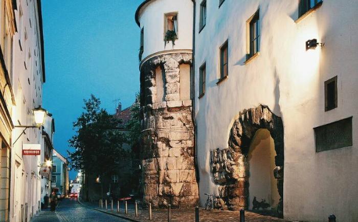 Порта Праетория